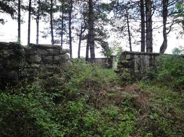 Spomen-groblje pre obnove, maj 2013. godine