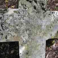 И С Х Р Овде почива Марко Пажин рођ 25.4. год 1797 умро ?? 1897 вјечна му памјат ови спомен подиже Јово Пажин свом оцу Марку Пажину