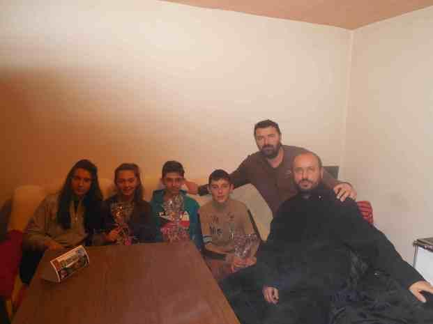 Српска деца у Горњем Маловану