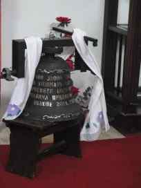 Ово звоно приложи Дејан Козомара СПЦ Покрова Пресвете Богородице у Рујанима приликом њене обнове 2014. године